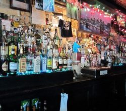 Hank's Saloon in Boerum Hill